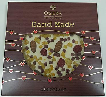 «OZera», белый шоколад ручной работы с апельсином, вишней, малиной и цельным миндалем, 150г
